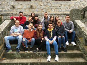 Grupo de Adolescentes que se confirmará el 17 de noviembre en la Parroquia de San Gerardo
